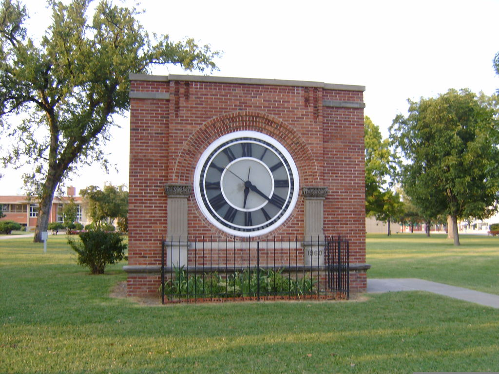 Kansas allen county iola - Originally Sitting On Top Of The Allen County Courthouse In Iola This Clock Is Another Adornment To The Courthouse Square When The Courthouse Was Razed In