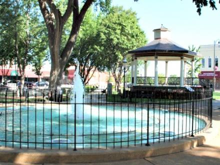 Fountain on the Square - Paola, Kansas